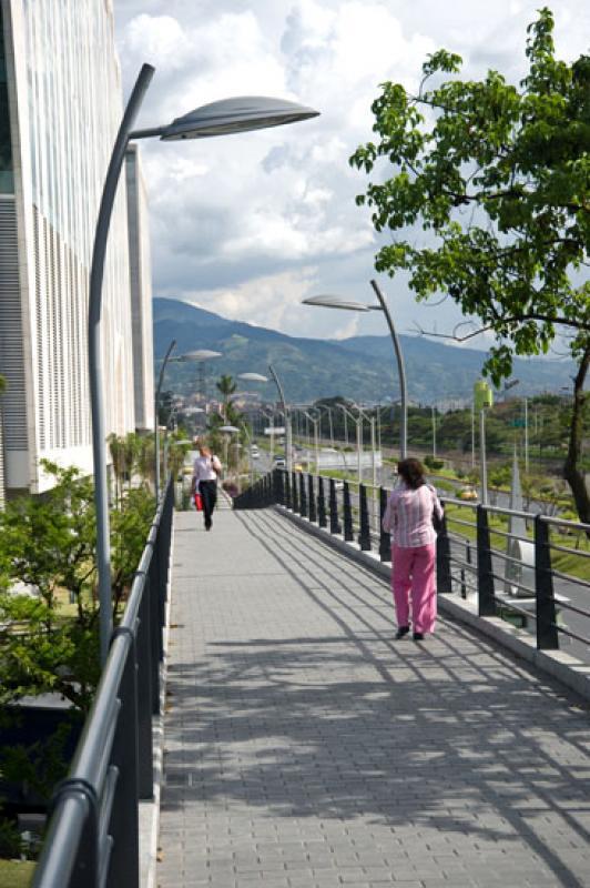 Puente Peatonal, Grupo Bancolombia, Medellin, Anti...