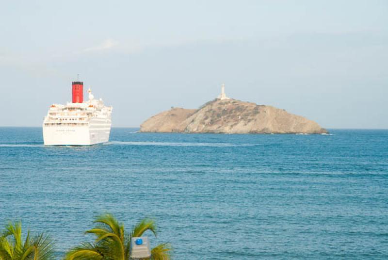 Crucero en Bahia de Santa Marta, Santa Marta, Magd...