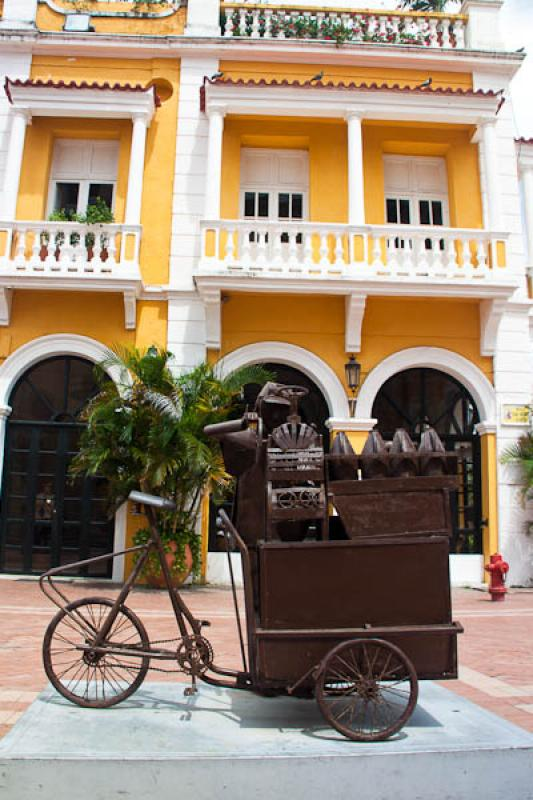 Plaza San Pedro Claver, Cartagena, Bolivar, Colomb...