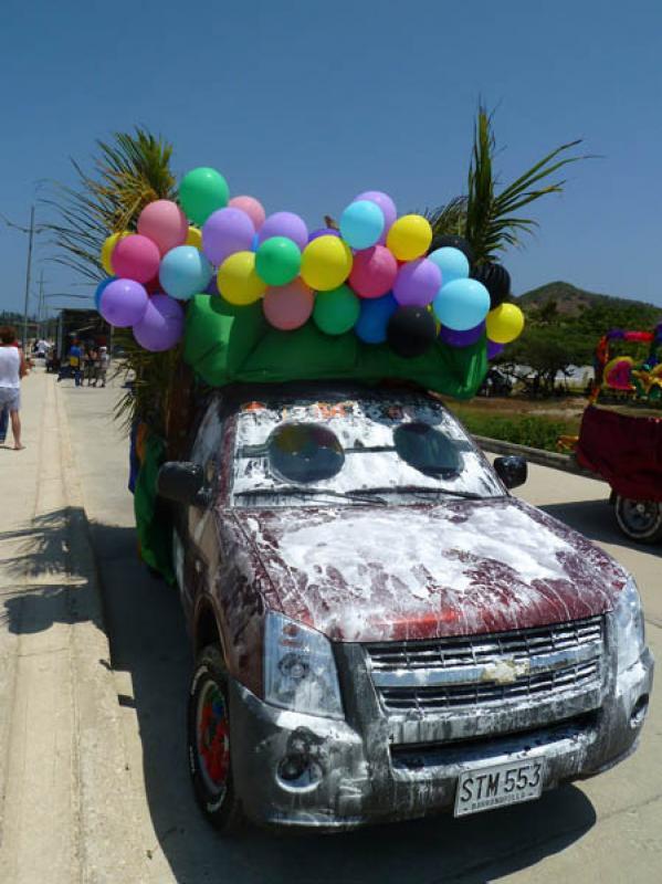 Camioneta para Carnaval de Barranquilla, Puerto Co...