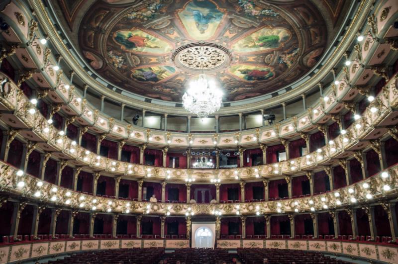 Teatro Cristobal Colon, La Candelaria, Bogota, Cun...