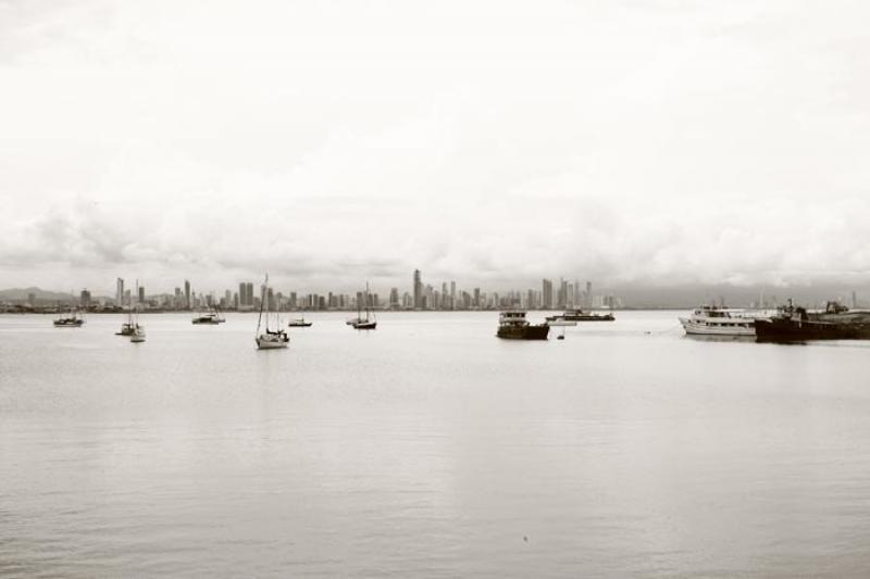 Embarcaciones en la Bahia, Panama, America Central